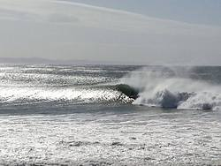 "super tubes ""COOOOOOOKING"" 15ft swell, J-Bay photo"