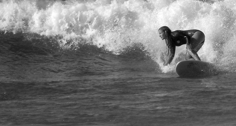 MARTINA VIDAL, Playa de Somo