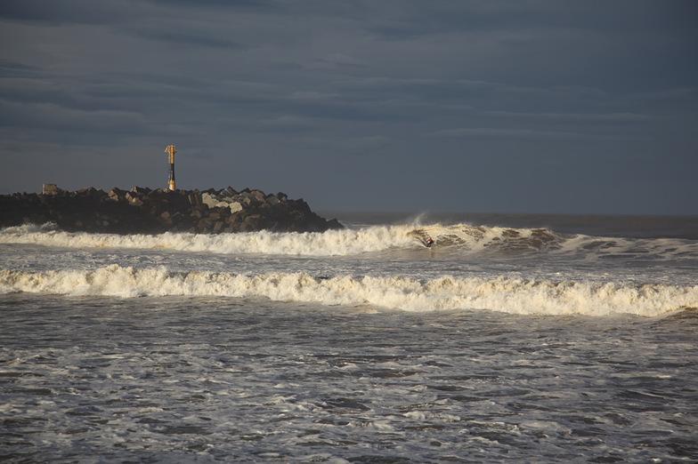 Lone Surfer's only wave, Anglet - La Barre