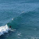 Small left at mid-tide, Fletchers Beach