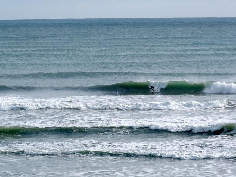 Whararik surf, Wharariki Beach