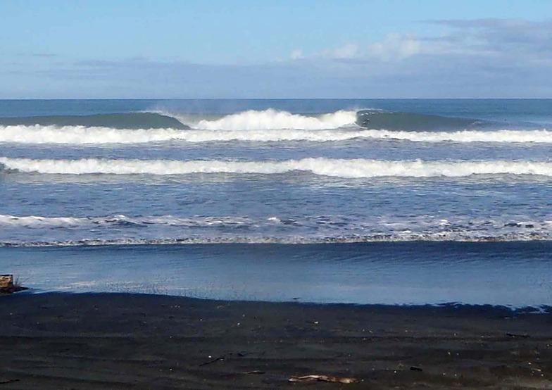 great wave, South Beach (Wanganui)