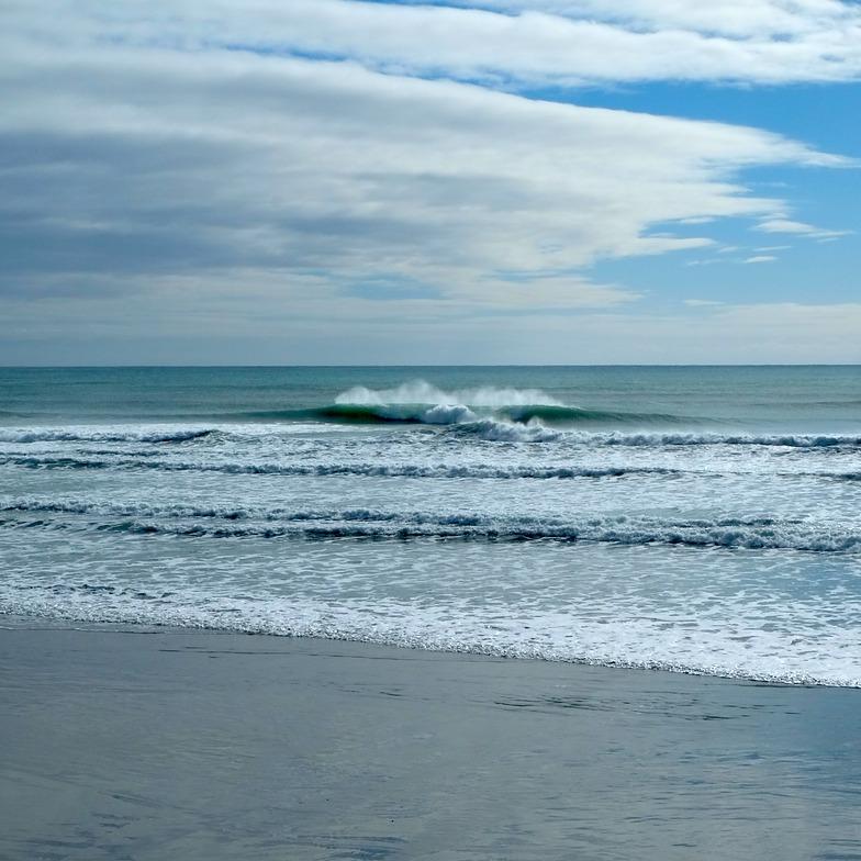 Incoming tide at Wharariki, Wharariki Beach