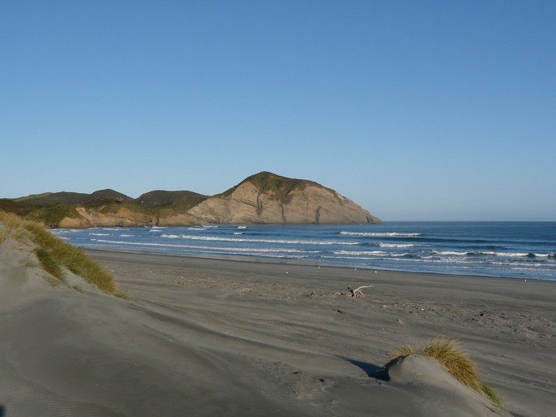 Morning surf at Wharariki, Wharariki Beach