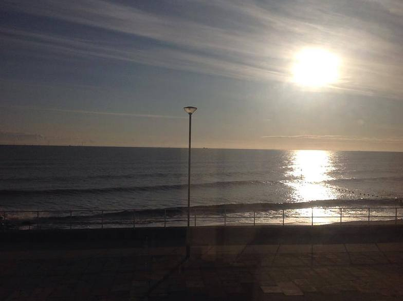 Mid morning, Withernsea