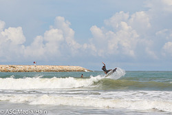 Left Hander off Jetty, Batu Buruk photo