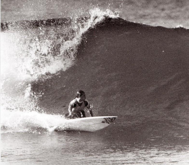 Mark Bell backhand bottom turn, Catherine Hill Bay