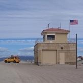 Lifeguard tower/station near Culver Blvd entrance., Gillis