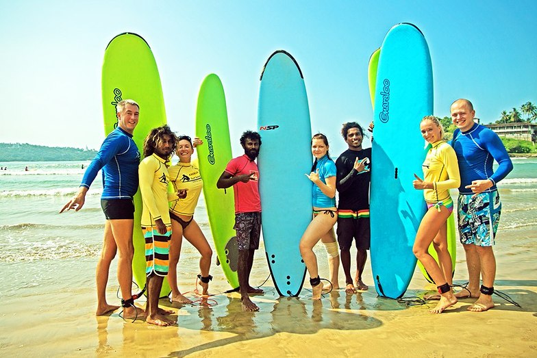 Ahikava Surf School, Dewata