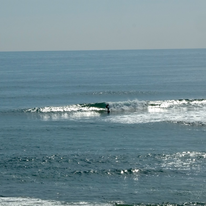 Small summer waves at Sumpters