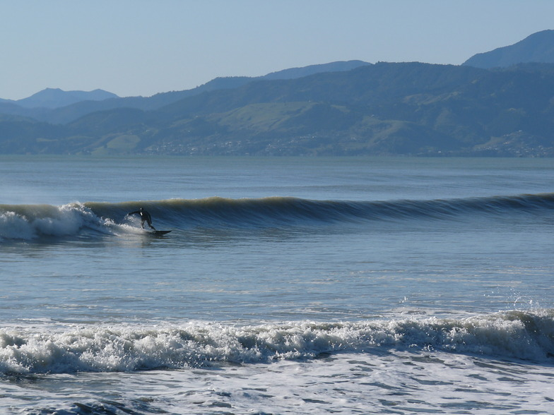Glassy Surf at Rabbit Island