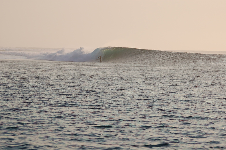 Julian Werts & www.madagascarsurf.com