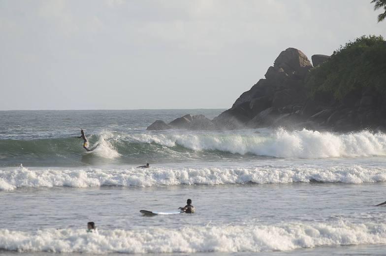 Long Board Surfer Aslam, Dewata