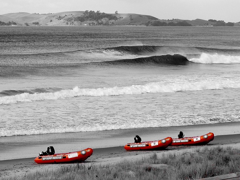 Line up, Pauanui Beach
