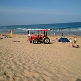 Shelly's Tractor, Shelley Beach
