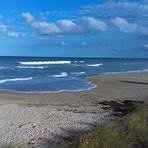 High surf, Jensen Beach