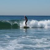Standing surfer with oar (1/3), Gillis