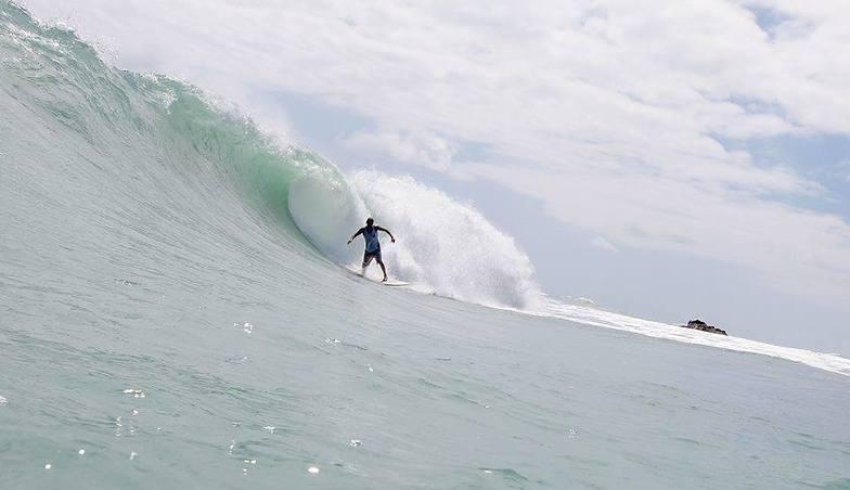 Surfer - Mauro Isola, Lajinha