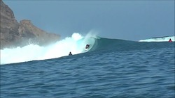 Surfer - Mauro Isola, Scar Reef photo