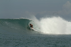 Surfer - Mauro Isola - PE, Lagundri - The Point photo