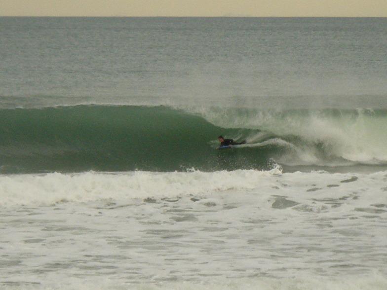 Tube, Wainui Beach - Stockroute