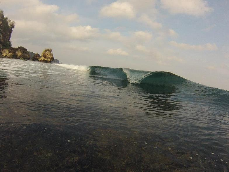 Glassy and shallow, Padang Padang