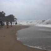 Heavy pounding waves all day, Puerto Vallarta Rivermouth