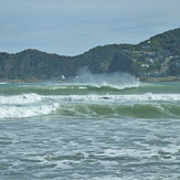 March Lyall- 3ft barrells, Lyall Bay