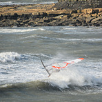 Wave hopping., Kimmeridge Bay