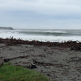 3ft and high tide, Cobden Beach