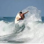 Junior surfer, Mamo