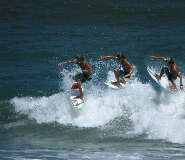 Kids Surfeing Ponce Inlet