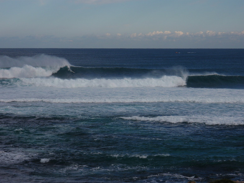 Big drop, Surfers Point