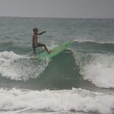 MARE ABAJO LOS POCITOS. SURFER: WIJER (MINI SLATER).  FOTO: @dajegadi