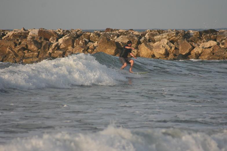 apurando, Puerto Cabopino