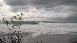 les recomiendo la ola de petalco, muy buena ola, Petacalco photo