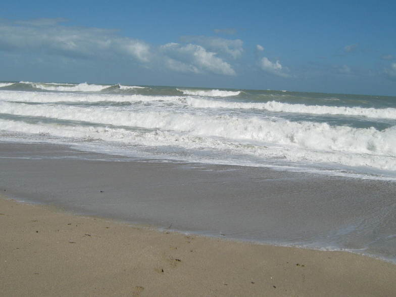 Unusually High Surf 11-13-10, Jensen Beach