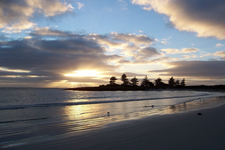 The Island, Port Fairy (East Beach)
