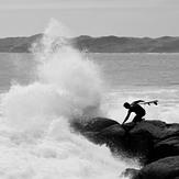 Brace yourself!, Raglan-Whale Bay