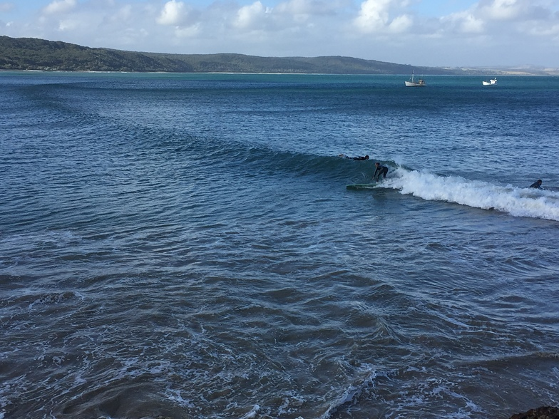 4 metre swell arrived at Walkerville South wrapping.