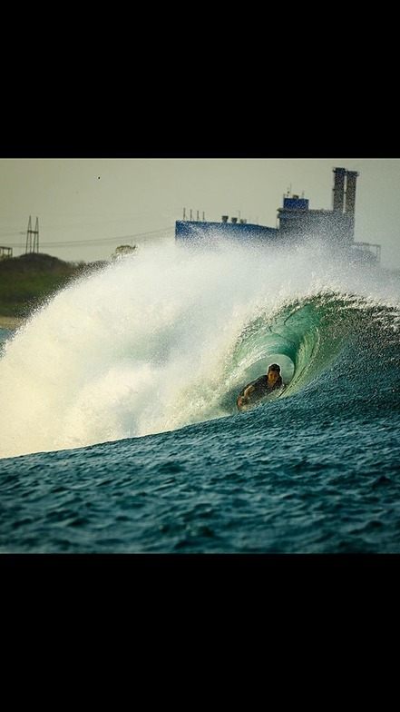 Carter Carmody Tube time, Puerto Sandino