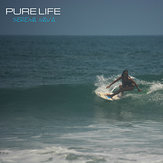 Serena Nava surfing, Playa Grande