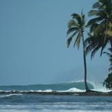 Surf camp Siberut (Bankvaults)