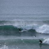 Sufer and body-boarder go right at La Paue, La Palue