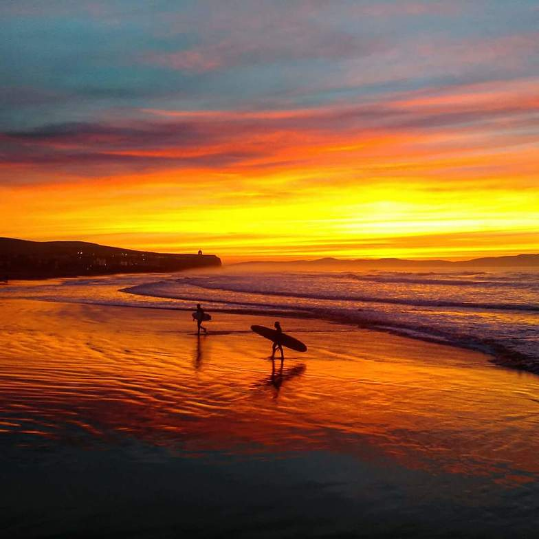 Sunset surf, Castlerock
