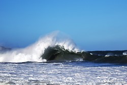 boxy big wave, Box Beach photo