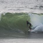 Andres Valdes -  Surfing swell, La Boca Con Con