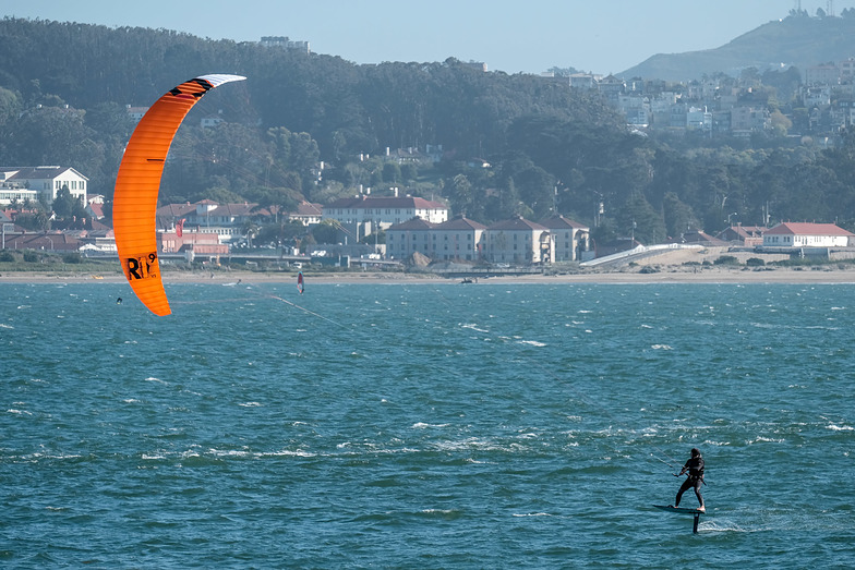 Kite Surfing off Crissy Field, Fort Point