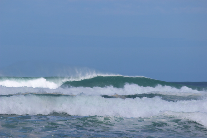 Lefties Barrelling, Baylys Beach