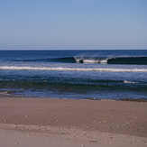 A good little wave, Diners Beach